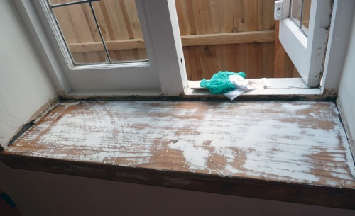 wood and filler sanded back to smooth finish