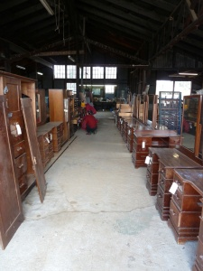 mt-buffalo-chalet_clearing-auction_furniture-in-bus-garage_2