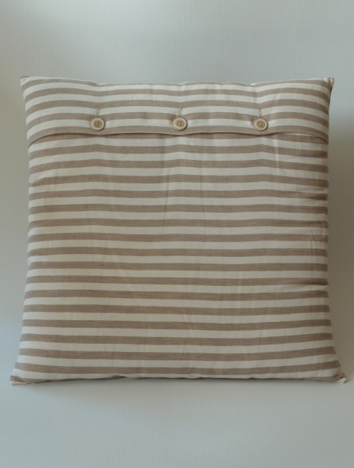 striped cushion cover finished